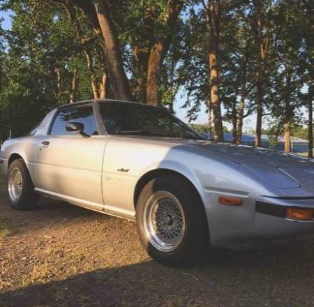 1985 Mazda RX-7 right front