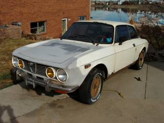 1973 Alfa Romeo GTV left front