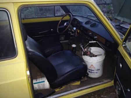 1974 Fiat 128 interior