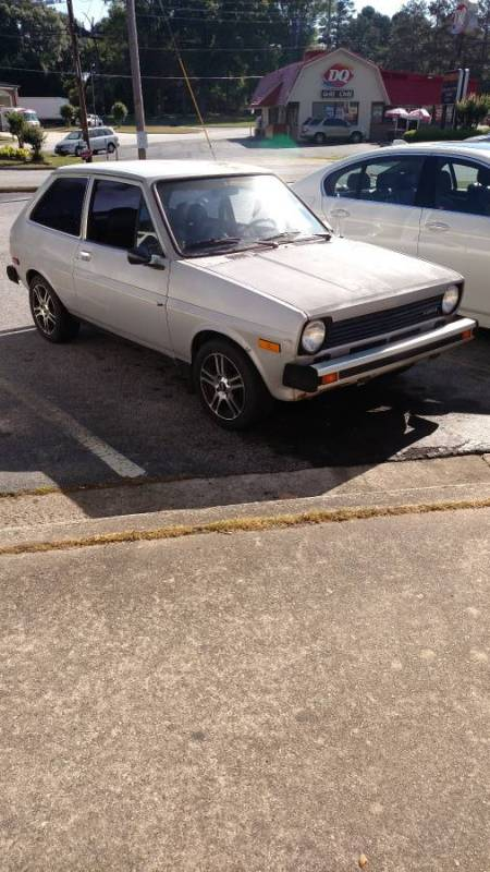 1978 Ford Fiesta right front