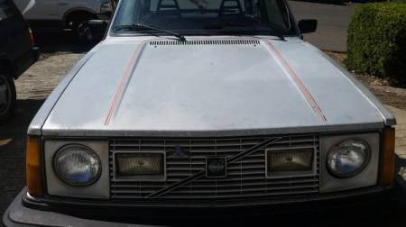 1979 Volvo 242 GT front