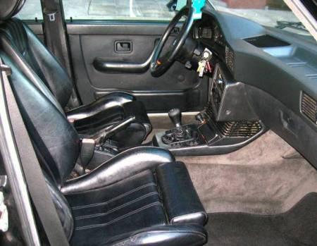 1984 BMW 535i interior
