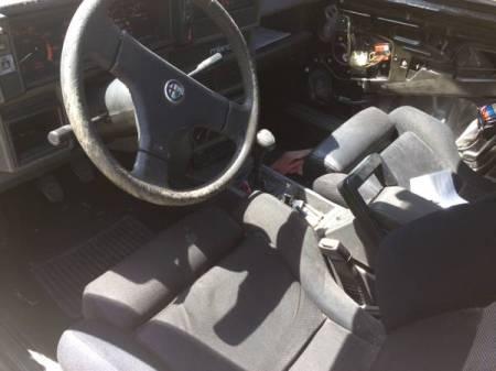1988 Alfa Romeo Milano Verde 2 interior