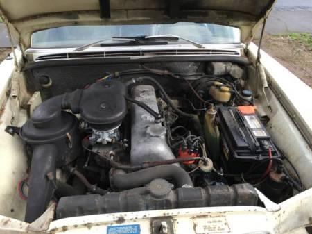 1968 Mercedes 250S engine