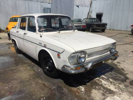 1971 Renault 10 right front