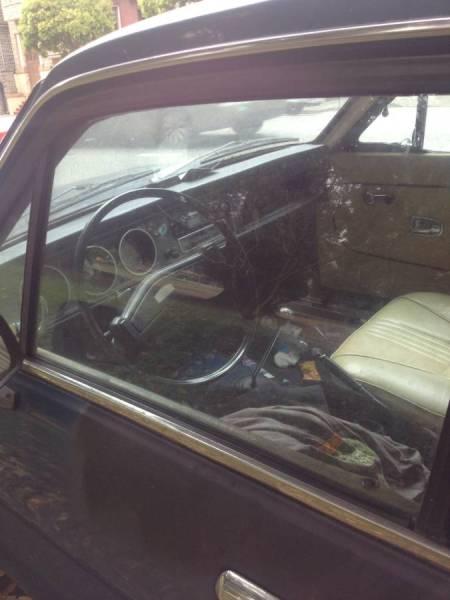 1973 Datsun 1200 interior