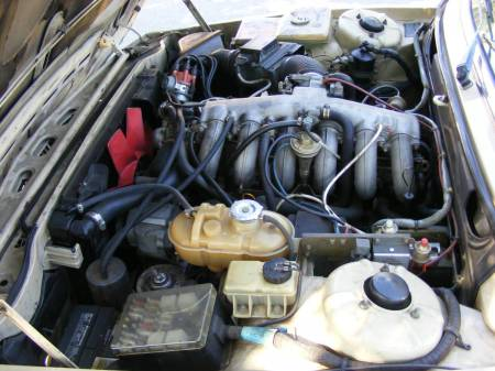 1976 BMW 530i engine