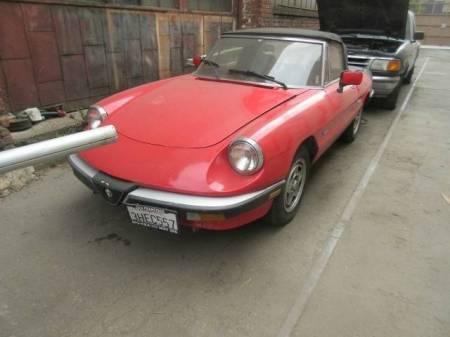 1988 Alfa Romeo Spider Graduate left front