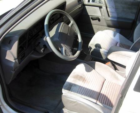 1991-dodge-spirit-rt-interior